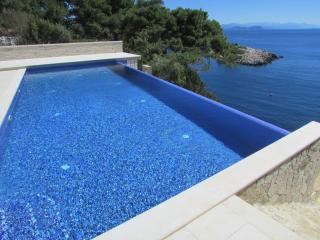 #sun&sea#perfection#lazydaybythepool - Saplunara vacation rentals