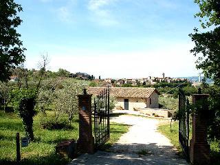 Detached villa with private pool near village - Montecchio vacation rentals