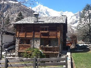 Chalet padronale posizione incantevole Monte Bianc - Courmayeur vacation rentals