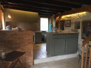 Charming 3 bedroom House in Beynac-et-Cazenac - Beynac-et-Cazenac vacation rentals