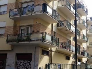 4 camere matrimoniale max 10 posti letto - Pescara vacation rentals