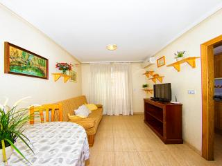 Good Family apartment in the Center with 2 bedrooms and 2 bathrooms - Torrevieja vacation rentals