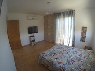 Urban Style with shared bathroom - Eilat vacation rentals