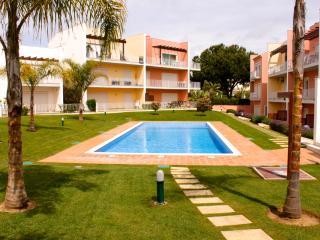 Marabi Red Apartment, Vilamoura, Algarve - Vilamoura vacation rentals