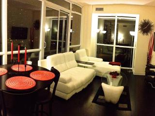 802-Deluxe Two Bedroom Suite - Park Side I - Mississauga vacation rentals