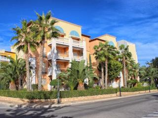 Lux apartment 300m from beach with Park View - Torrevieja vacation rentals