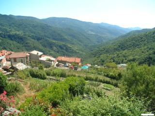 Tra Mare e Monti: app'ment+balkon+terras+uitzicht! - Montegrosso Pian Latte vacation rentals