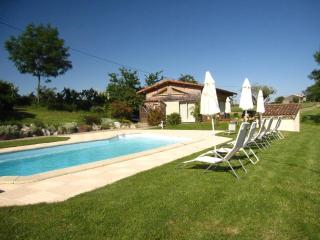 2 bedroom Gite with Internet Access in Puylaurens - Puylaurens vacation rentals