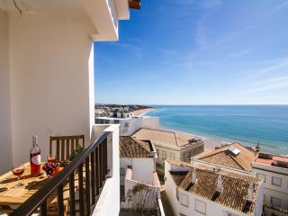 Sol Apartment Albufeira Center-3 min from  beach - Albufeira vacation rentals