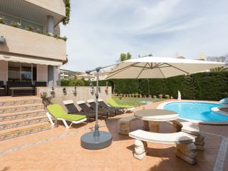 PALMANOVA PRIVATE POOL & GARTEN APARTMENT - Calvia vacation rentals