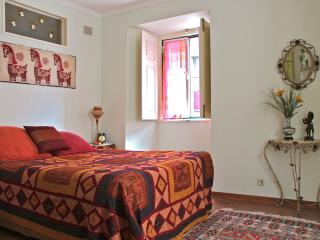 Cattle Apartment, Bairro Alto, Lisboa - Lisbon vacation rentals