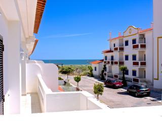 Branle Villa, Manta Rota, Algarve - Manta Rota vacation rentals