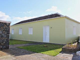 Sunny House with Patio and Parking Space - Praia da Vitória vacation rentals