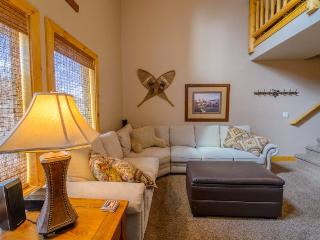 Nice House with Wireless Internet and Washing Machine - Vernonia vacation rentals