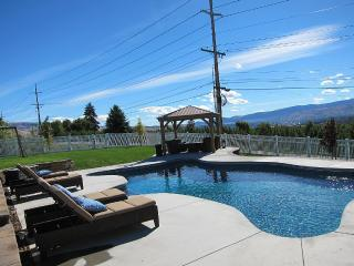 Georgous View Home w/ Heated Pool near Leavenworth - Wenatchee vacation rentals