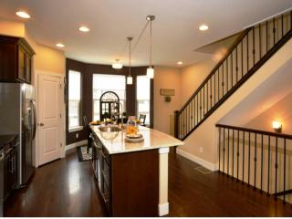 Beautiful 2 bedroom Central City Townhouse with Wireless Internet - Central City vacation rentals