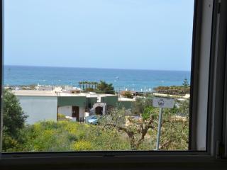 MANGO cheerful villa close to the beach - Morciano di Leuca vacation rentals