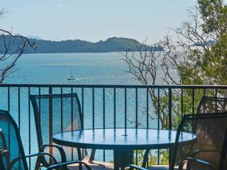 3 The Panorama Hamilton Island 2 Bedroom 2 Bathroom Ocean View Modern Apartment - Hamilton Island vacation rentals