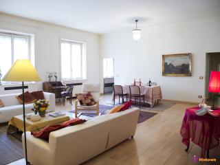 Bright 1 bedroom Condo in Milan - Milan vacation rentals