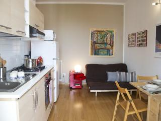 MIMLNF028 Smart Milano Apartment - Milan vacation rentals