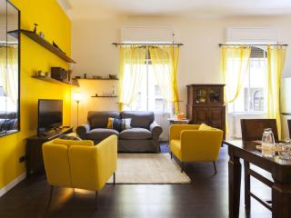 MIMLNF082 Porta Ticinese Apartment - Milan vacation rentals