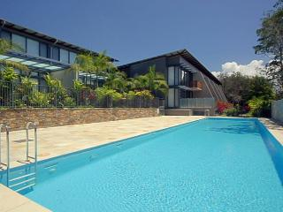 Gorgeous 3 bedroom Byron Bay House with Internet Access - Byron Bay vacation rentals