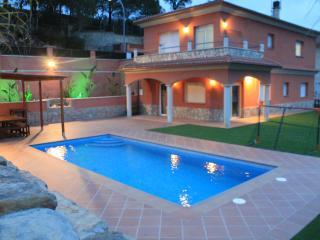 Villa Valverde Lloret de Mar, Casa Vacacional - Lloret de Mar vacation rentals