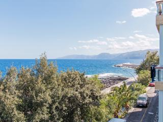 Sunny 2 bedroom Apartment in Cala Gonone - Cala Gonone vacation rentals