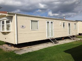 Lido Beach Holiday Park minimum booking for 3 days - Prestatyn vacation rentals