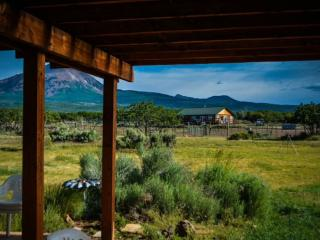 Spacious Lodge with Dishwasher and Kettle - La Sal vacation rentals