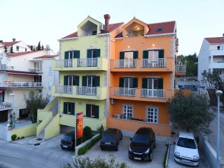 SUNRISE APARTMENT NO.8 (DELUXE FOR 4) - Cavtat vacation rentals