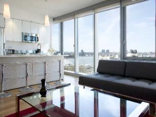 Nice Condo with Internet Access and A/C - Manhattan vacation rentals
