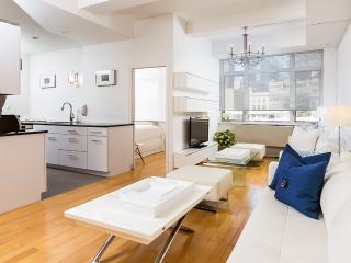Midtown Retreat Deluxe - Manhattan vacation rentals