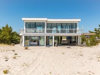 Breathtaking 2 Bedroom Westhampton Beach House - Westhampton Beach vacation rentals