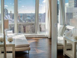Midtown Jewel Diamond, 4 Bedroom on 5th Ave - Manhattan vacation rentals