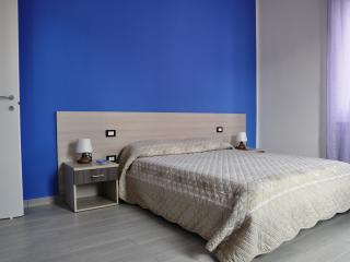 B&B La Casa di Bianca - Blu - Follonica vacation rentals