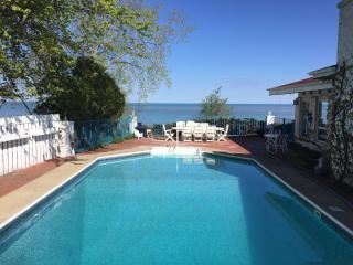 aqua Paradise JUNE $700/NT LAKEFRONT HEATED POOL - New Buffalo vacation rentals