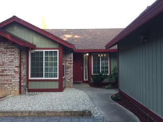 Cozy Natomas Home Close to All! - Sacramento vacation rentals