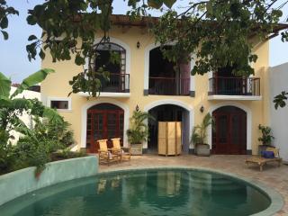 Guesthouse La Pólvora - Deluxe Bedroom - Granada vacation rentals