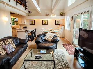 Lake Tahoe! Lovely Home, Pvt Hot Tub! (SV1532) - Olympic Valley vacation rentals