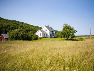 4 bedroom House with Internet Access in Margaree Valley - Margaree Valley vacation rentals