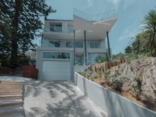 Bilgola Beach House - Bilgola vacation rentals