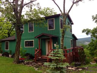 Mountaintop Home w/ Stunning Views! - Lost River vacation rentals
