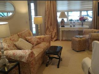 Cozy House with Internet Access and A/C - Westport vacation rentals