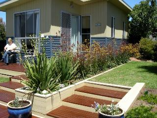Charming 1 bedroom Cottage in Cape Woolamai - Cape Woolamai vacation rentals
