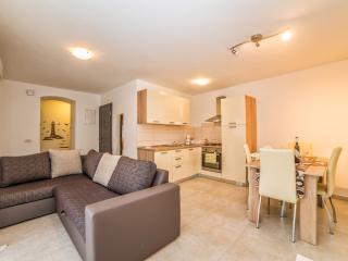 TH01086 / Apartments Sandra / A1 Two Bedrooms - Premantura vacation rentals