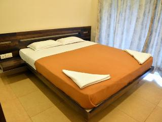 Relax Holiday Home Arpora - Executive Suite - Arpora vacation rentals