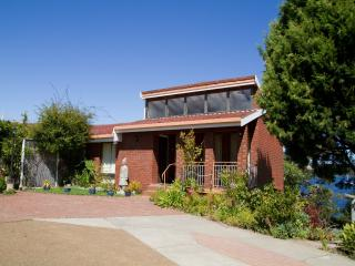 Nice 3 bedroom House in Austins Ferry - Austins Ferry vacation rentals