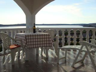 """KUSS""Apartments - Kustici vacation rentals"