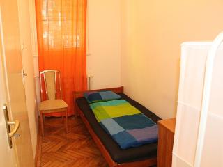 Simple room in the downtown - Budapest vacation rentals
